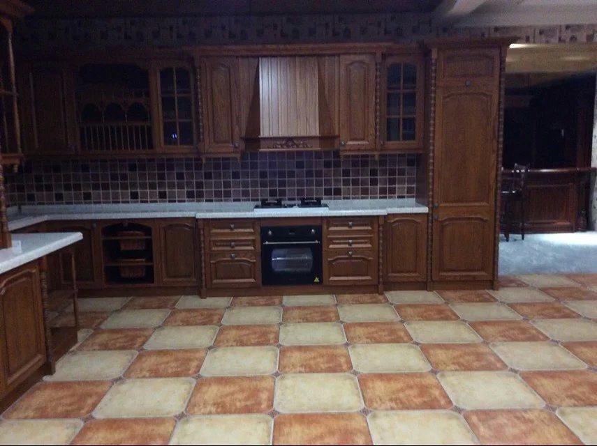 Foto de Roble Rojo  Arce  Gabinetes de cocina de madera maciza en es