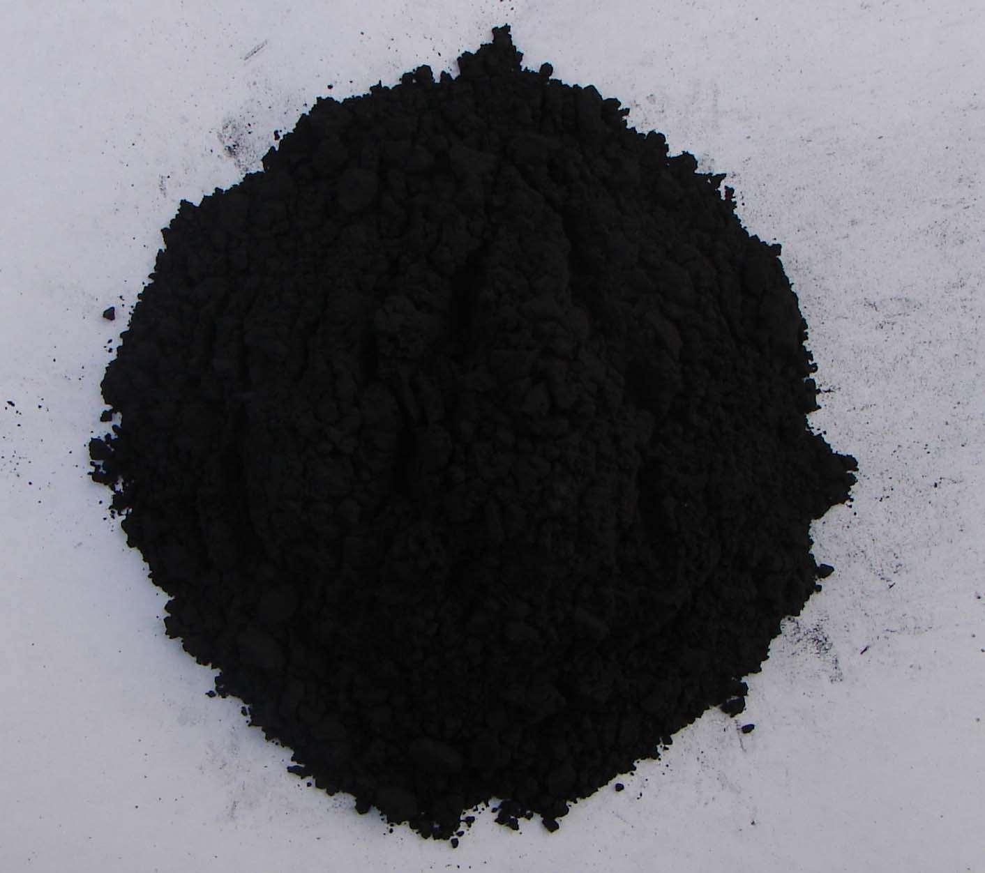 Черная краска из сажи