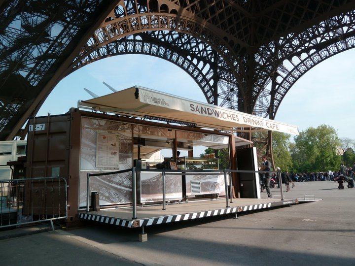 caf de conteneur kiosque de nourriture photo sur fr made. Black Bedroom Furniture Sets. Home Design Ideas