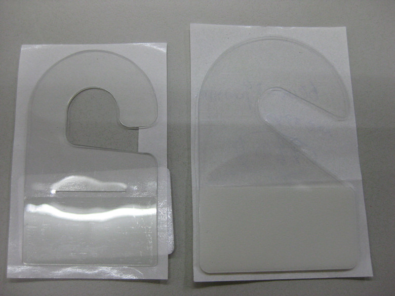 cintre en plastique crochet adh sif crochet transparent d 39 espace libre cintre en plastique. Black Bedroom Furniture Sets. Home Design Ideas