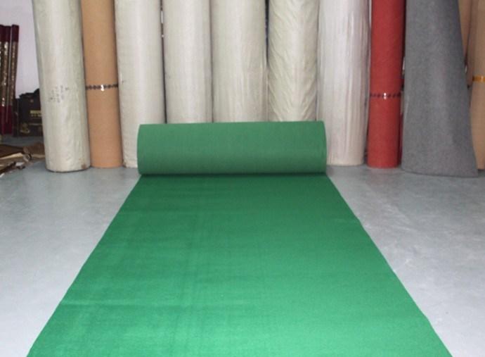 Tapis vert ext rieur de vert de couloir d 39 exposition - Tapis de passage pour couloir ...
