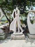 Figure Sculpture Chinese Golden Supplier