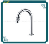 New Style Deck Mounted Brass Faucet for Kitchen