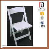 High Quality White Folding Plastic Chairs with Metal Legs