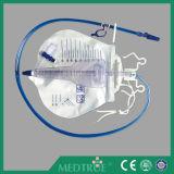 Medical Disposable 2000+200ml Big Double Hanger Urine Meter (MT58043501-01)