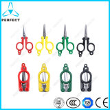 Portable Folding Traveller's Scissors with Plastic Handle