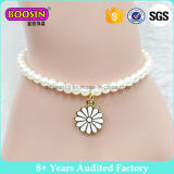 Fashion Imitation Pearl Gold Plated Daisy Charm Bracelet #B108