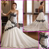 Taffeta Bridal Gowns Sweetheart Embroidery Black White Wedding Dress L33