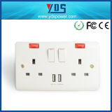 Universal 86 Standard Fireproof PC Frame Dual USB UK Two Gang Wall Switch Socket