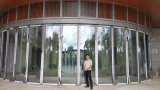 Arc-Shaped Glass Partition Wall