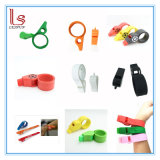 2017 New Arrival Promotional Giveaways Customized Slap Bracelet Silicone Whistle