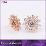 Customize Glass Gemstone Jewelry Flower Shape Stud Earrings