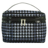 Houndstooth Cosmetic Bag for Make UPS