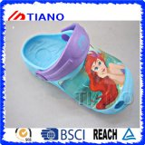 Cute Children New Design Boy′s Clogs (TNK40047)