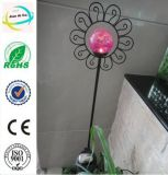 Classic Flower Shape Metal Crafts Garden Stick with Solar Light