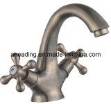 Double Handle Basin Faucet (SW-7725)