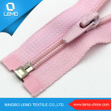 High Quality Colorful a/L, C/E Garment Nylon Zipper