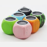 Portable Mini Hands Free Bluetooth Speaker Ipx7 Waterproof Speaker with Carbiner for Outdoor Actives
