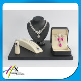 Black Piano Lacquered Personalized Luxury Jewelry Display for Stores