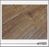 Handscraped Laminated Flooring with E0 HDF Core