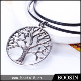 Top Sale Engraved Hollow Tree of Life Pendant Necklace