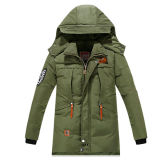Wholesale Men′s Casual Padding Winter Jacket/Parka with Custom Embroidery