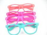2015 New Fashion Way Farer Design Lady Sunglasses