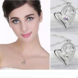 Valentine's Day Gift of Heart Shape Pendant Necklace with Love