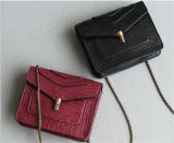 Classical Lizard Pattern PU Masseger Handbags with Lock for Women
