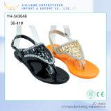 Stylish Women Ladies Flat Jelly Shoes Clip Toe PVC Sandals with Rhinestone