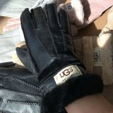 Wool Fur and Sheepskin All Really One Gloves with Famous Brand Style