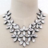 Women Fashion Bead Flower Glass Crystal Collar Necklace Jewelry (JE0190-white)