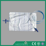 CE/ISO Approved Cross Outlet Valve 2000ml Urine Bag (MT58043003)