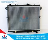 Auto Parts Aluminum Radiator for Toyota Land Cruiser′01 Fj100/Uzj100 at