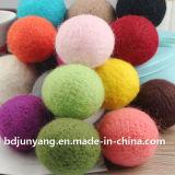 2017 New Design High Quality Felt Ball, Popular Cheap Wool Felt Ball Garland