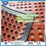 Antislip and Cheap Interlocking Drainage Rubber Mattress