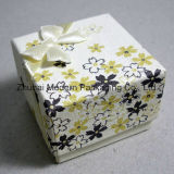 Wholesale OEM White Color Fancy Paper Gift Packaging Box