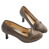 Lady Cow Leather Shoe with Metal Decoration (T25211)