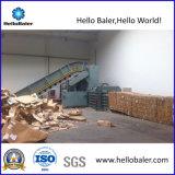 New Easy Use Horizontal Hydraulic Cardboard Baler with Conveyor