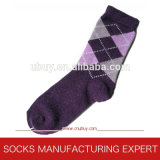 Ladies′ Argyle Patterned Cotton Socks (UBUY-045)