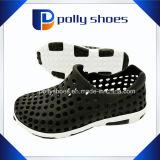 2017 New Arrival Non Slip Sole Garden Shoes