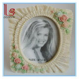 Wholesale Customized Valentine′s Day Gifts Resin Roses/Cute Carton/Shell Photo Frame