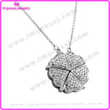 China Wholesale Crystal Happiness Clover Pendant Necklace