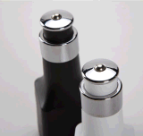Hot Gadget USB Car Charger with Air Purifier