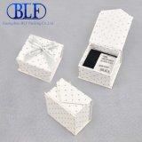 White Magnetic Closure Cardboard Custom Paper Ring Box