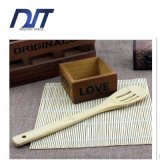 Popular Natural Three Hole Hollow Bamboo Cooking Scoop