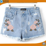 Summer 2017 Fashion Women/Lady′s Embroidery Casual Denim Shorts