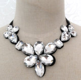 Lady Fashion Waterdrop Glass Crystal Collar Necklace Costume Jewelry (JE0191)