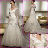 Long Sleeves Ivory Organza Applique Beaded Wedding Dress Lb01