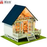 New Children Wooden DIY Doll House Children′s